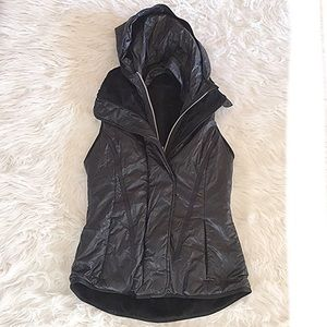 Lululemon black glacier vest RARE